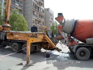 Бетононасос для подачи бетона